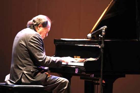 Alexandre Tavares pilota, hoje, a segunda edição do Concerto Plenitude