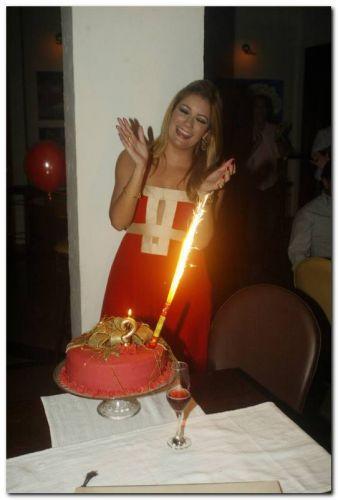 Tatiana Luna comemorou seu aniversário no Bardot
