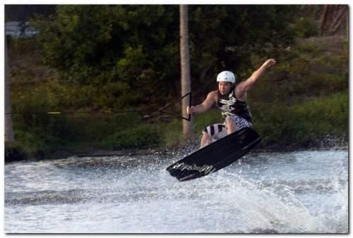Movimentação de bacanas na 3a etapa do Circuito Cearense de Wakeboard, que agitou a Lagoa Colosso no fim de semana.