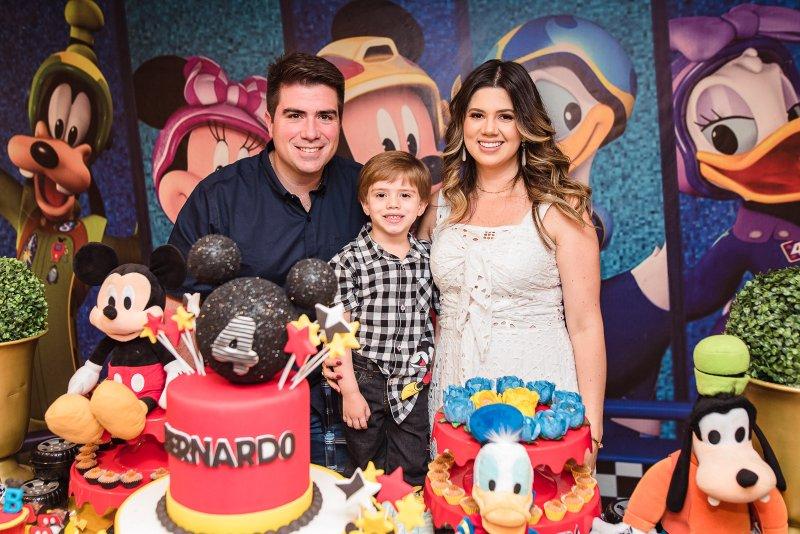 Turma do Mickey  - Marina e Flávio Figueiredo celebram o quarto aniversário do caçula Bernardo