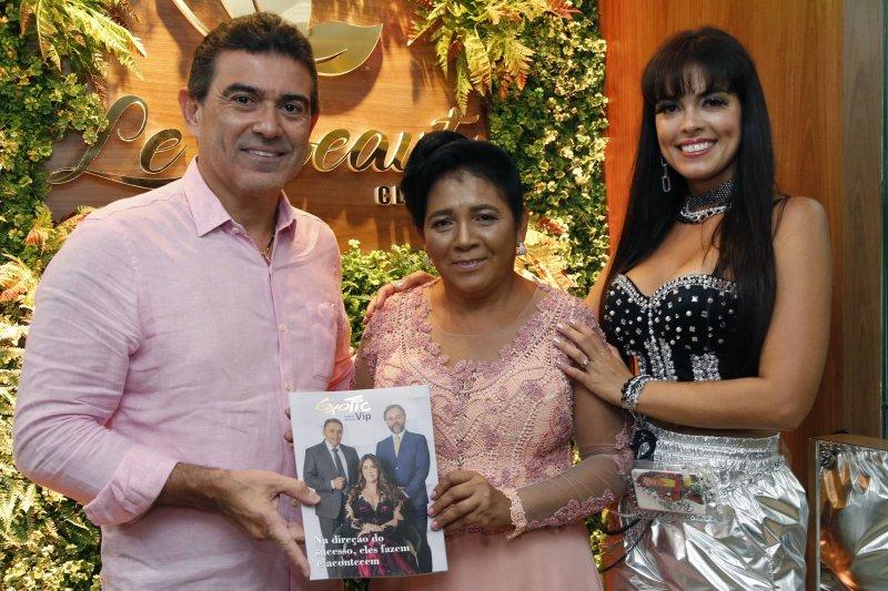 Alexandre Pereira marca presença no lançamento da edição Saúde e Bem-estar da Revista Exotic People