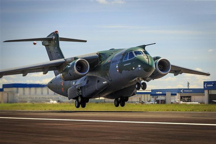 Boeing quer comprar parte da Embraer