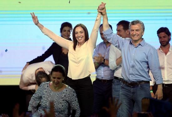 Cristina Kirchner vai para o Senado, mas Macri ganha poder no Legislativo