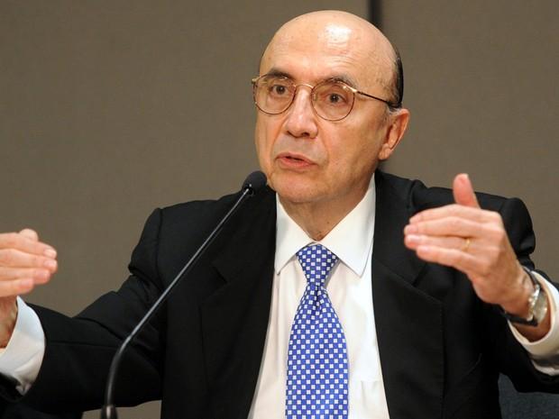 Sem reforma da Previdência, governo cortará o abono salarial, diz Meirelles