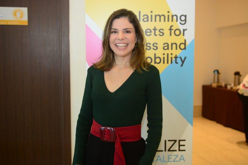 Carol Bezerra apresenta as ações da prefeitura em prol do desenvolvimento infantil, em evento no Gran Mareiro