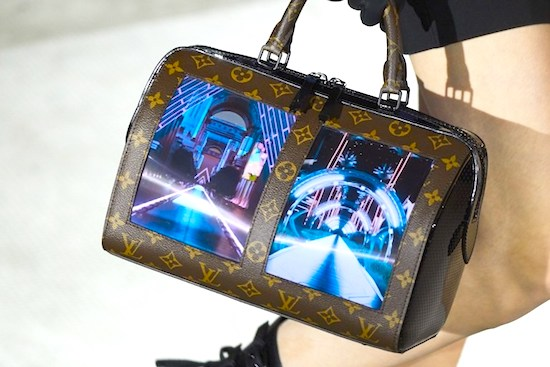 Fashion e tecnológicas: conheça as novas bolsas da grife Louis Vuitton