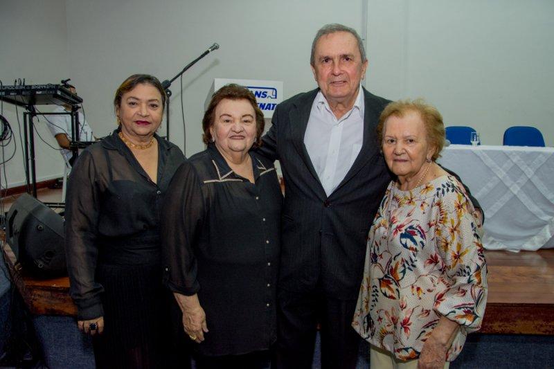 Mariano Freitas lança livro em homenagem a Dondon Feitosa