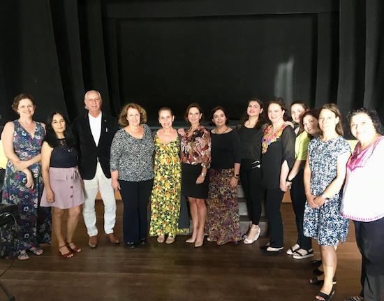 Grupo Mulheres do Brasil recebe comitiva da Suécia na sede da Edisca