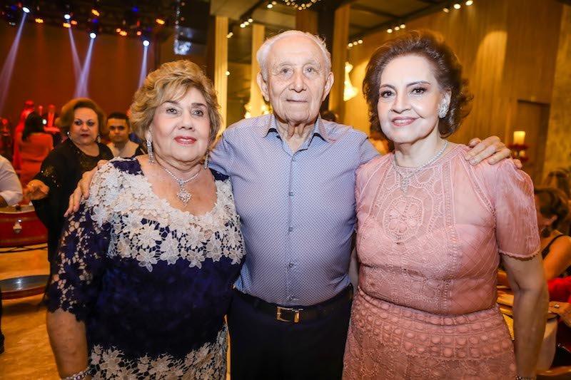 Norma e Humberto Bezerra pilotam tradicional e chic sessão Jingle Bells
