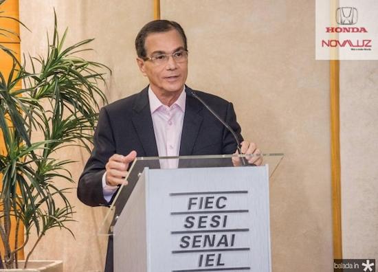 Beto Studart traz ex-presidente do BNDES à FIEC