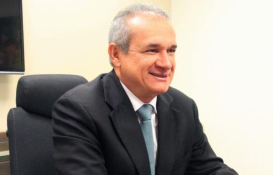 Washington Araújo é o novo presidente do TJCE