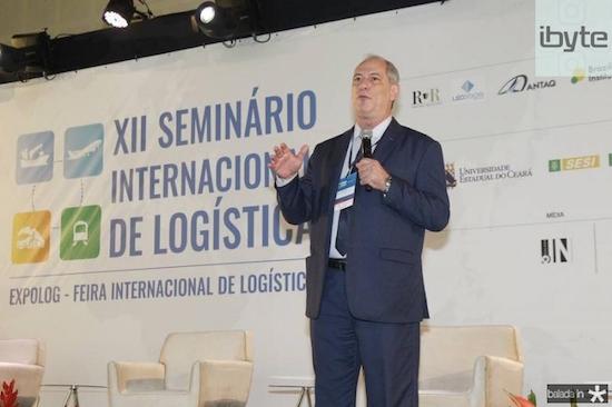 Ciro Gomes fala sobre cenários econômico e político