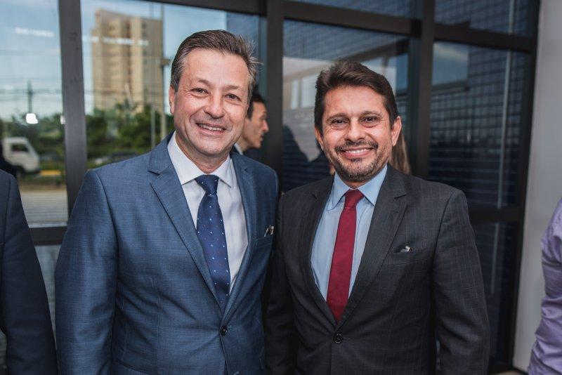 Em prestigiada solenidade, Fernando Rabello Francotoma posse comopresidente da ARCE