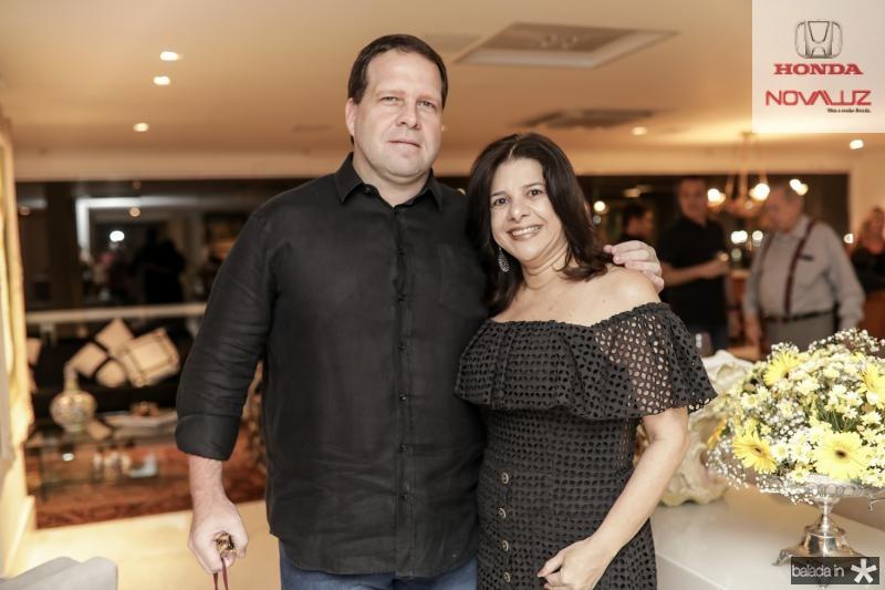 Edson Ventura Filho e Luciana Lobo