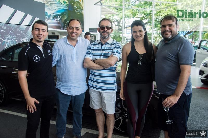 Airton Batista, Mauricio Waki, Jota Viveiros, Lia Viveiros e Marcos Viveiros