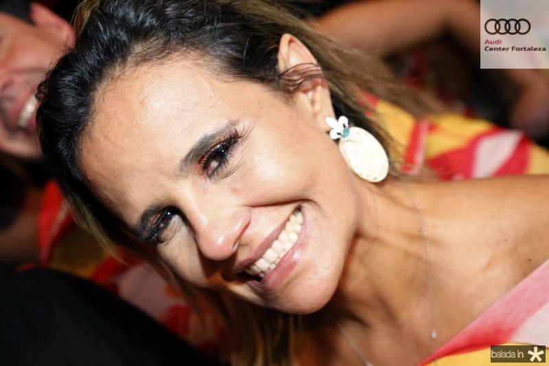 Alessandra Bezerril