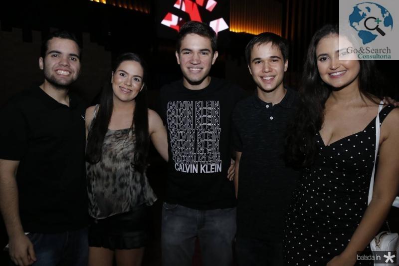 Daniel Gomes, Carol Ximenes, Mateus e Rafael Juca e Geovana Carvalho