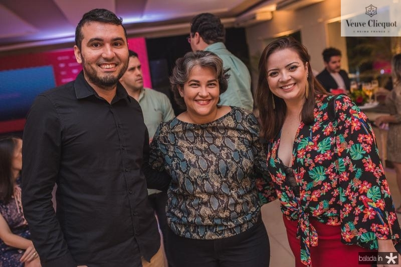 Ludy Oliveira, Helaine Oliveira e Daniela Castro