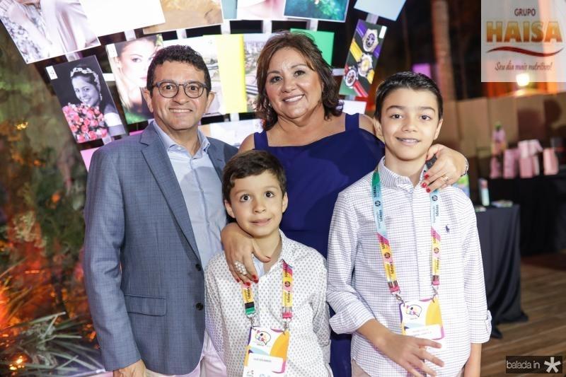 Helio, Norma, Eduardo e Pedro Brito