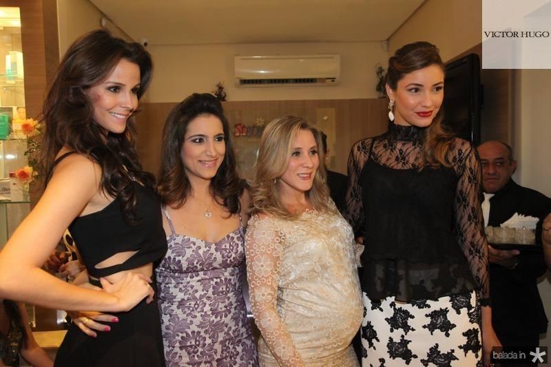 Mariana Vasconcelos, Camila Rodrigues, Olga Saraiva e Khisley Karlen 2