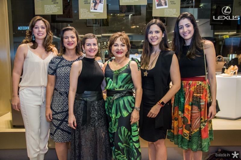 Renata Sleiman, Juliana Freitas, Renata Bastos, Regina Pinho, Joana Ramalho e Mila Ary