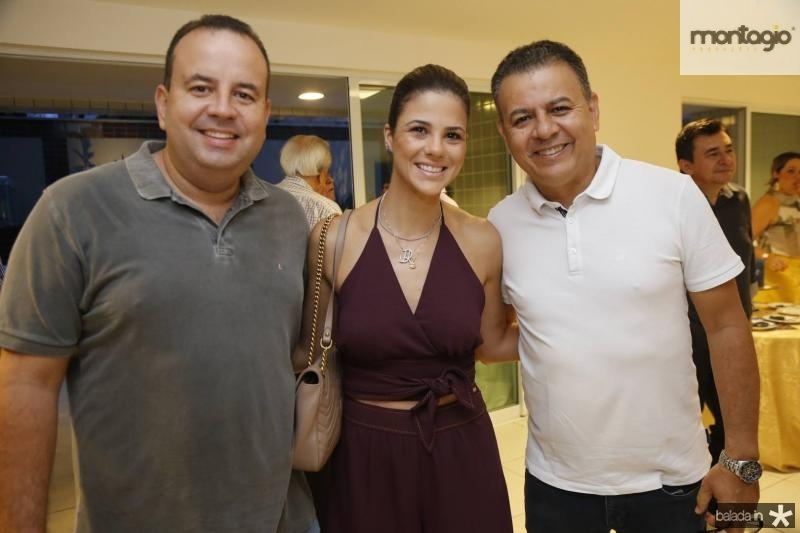 Rodrigo e Juliana Roma e Valdir Fernandes