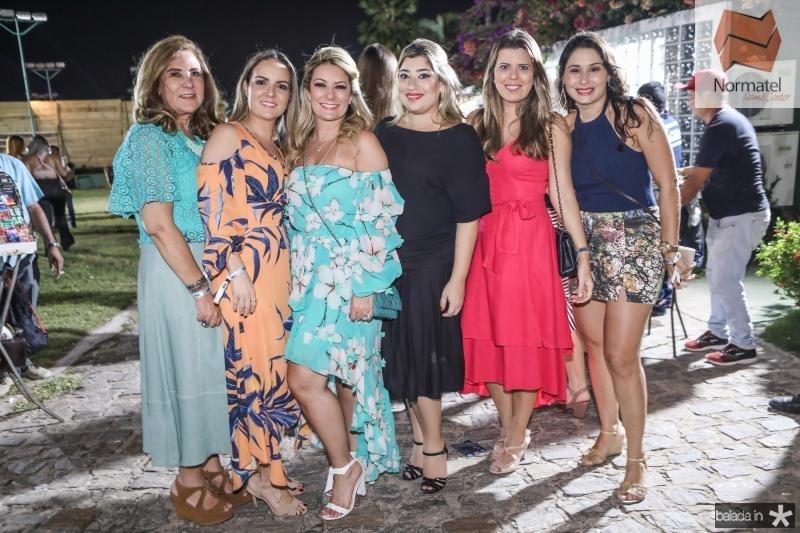 Joria Araripe, Erica Vasconcelos, Tatiana Luna, Manu Romcy, Marina Albuquerque e Livia Leite