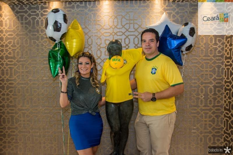 Tatiana Luna e Thiago Holanda