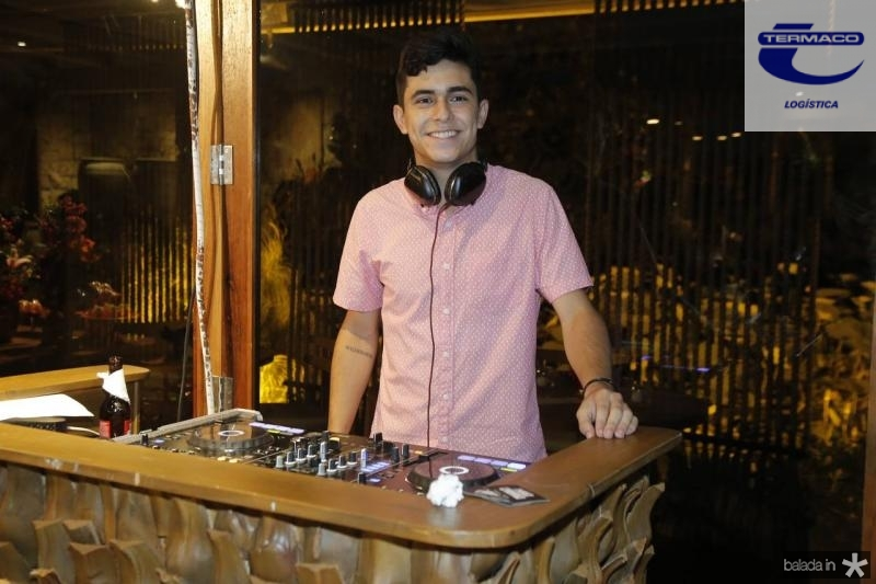 DJ Davi Picanco