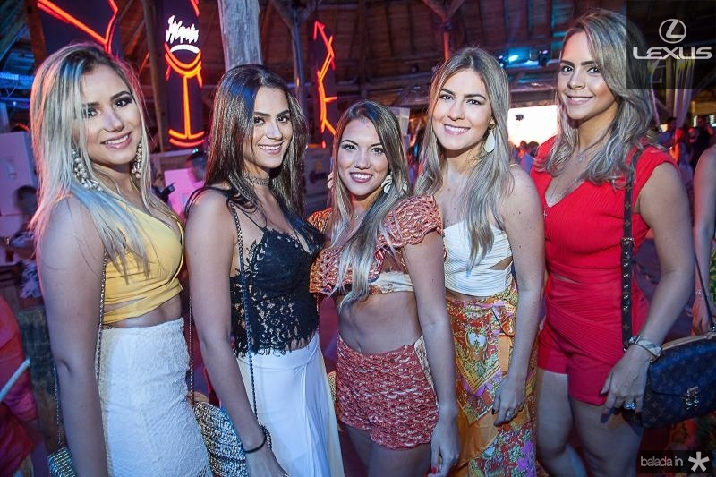 Stefani Teodoro, Kaline Brito, Ingrid Rosas, Mariana Carlos e Juliana Brito