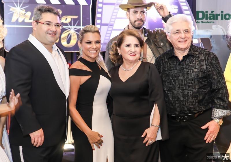 Mario, Vanessa, Auricelia e Deusmar Queiros