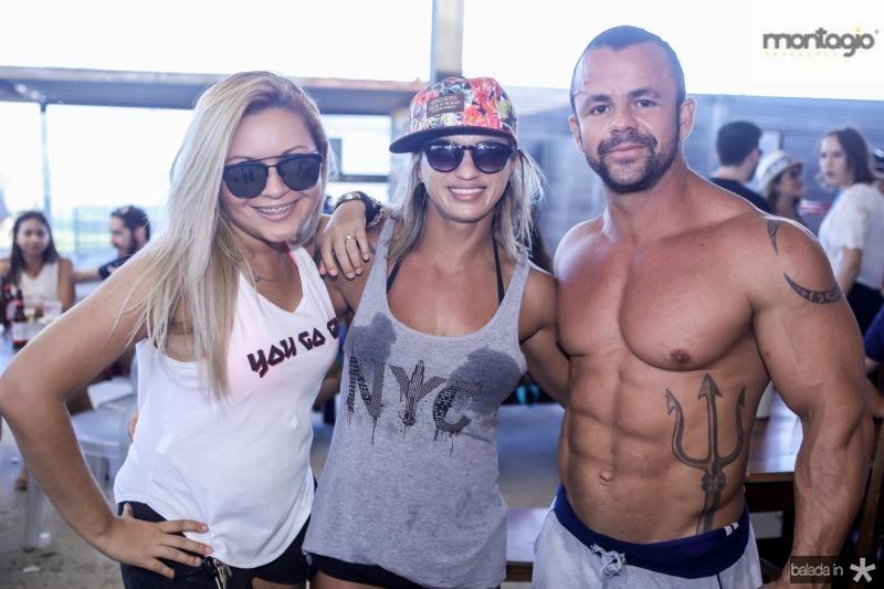 Amanda Felix, Raquel Rodrigues e Mateus Ciborg