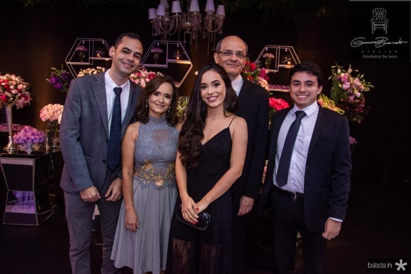 Felipe Cunha, Ana Paula Cunha, Mariana Cunha, Adriano Cunha e Alexandre Neves