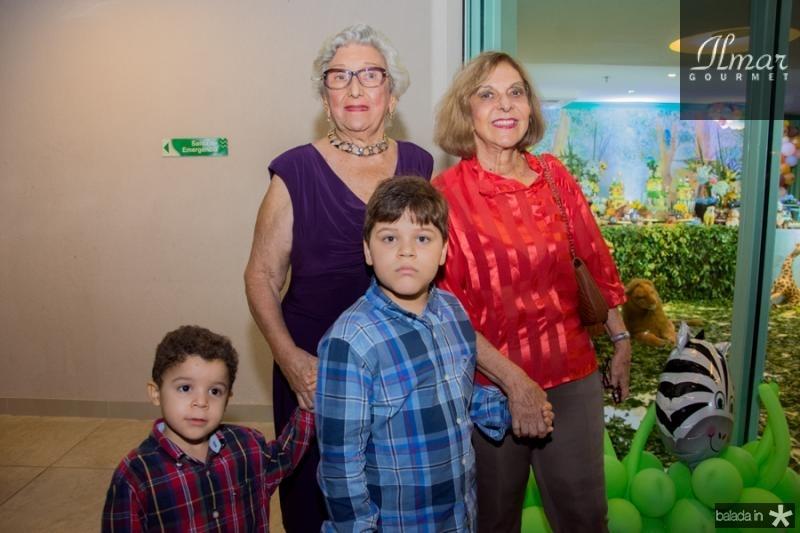 Vicensia Marques, Vera Meireles, Ricardo e Rodrigo Marques Meireles