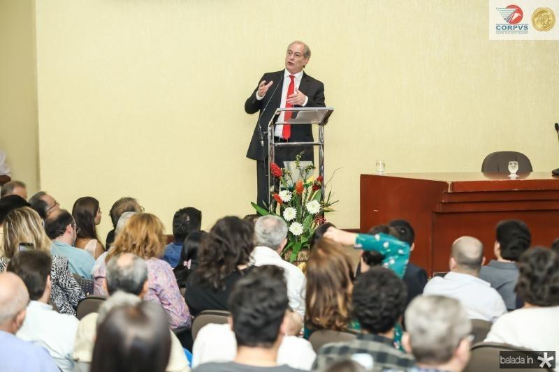 Palestra Ciro Gomes CDL