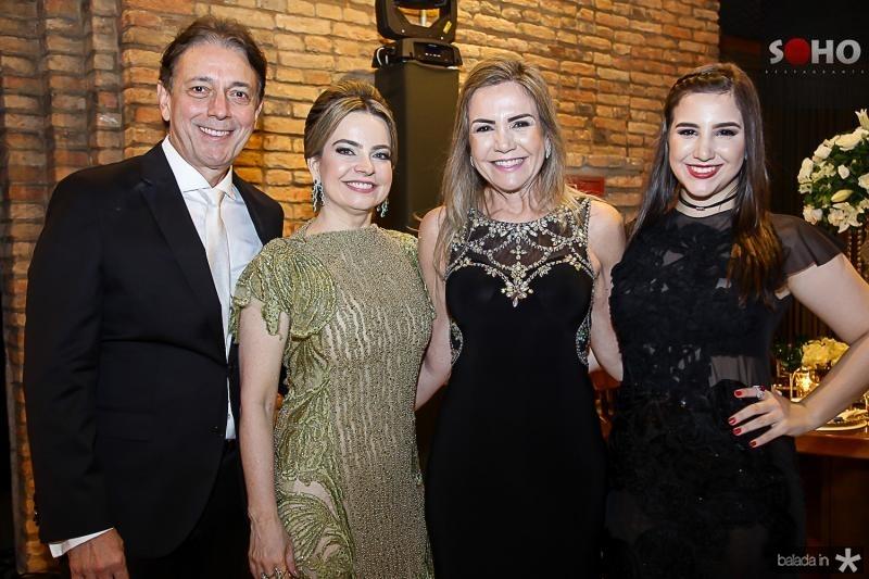 Afranio, Daniele, Ana luiza e Carolina Barreira