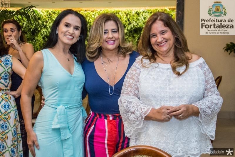 Neuza Rocha, Montiele Arrruda e Safira Moreira
