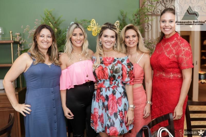 Ingrid Feitosa, Tayrine Moura, Pauliane Campos, Germana Cavalcante e Erica Gomes