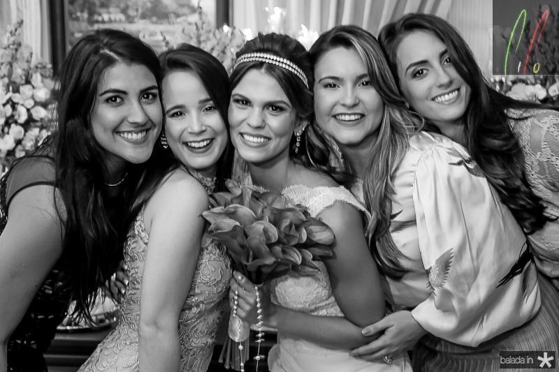 Beatriz Portela, Karina Vasconcelos, Mariana Pinto, Tais Benevides e Fernanda Castelo