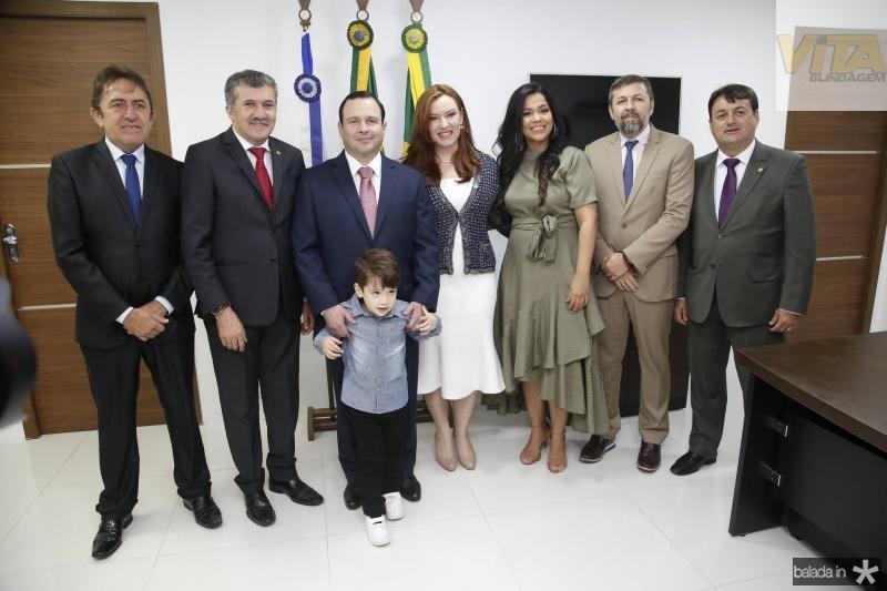 Adail Junior, Antonio Henrique, Igor, Victor e Aline Barroso, Priscila Costa, Elcio Batista e Benigno Junior