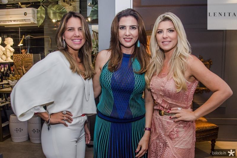 Ana Carolina Fontenele, Luiza Caminha e Iris Stefanelli