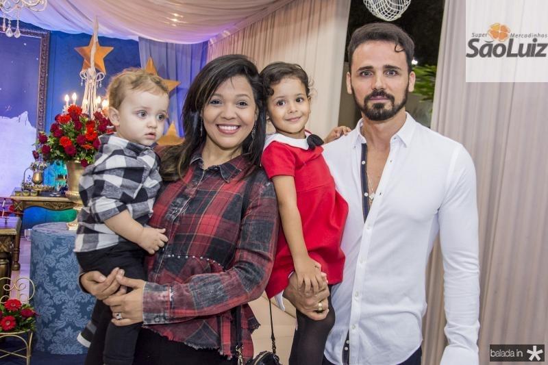 Noah, Priscila, Zarah e Jose Frota