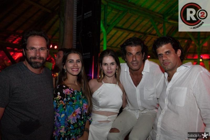 Luis Antonio Valadares, Raissa Carvalho, Carol Borges, Alvaro Garnero e Bruno Borges