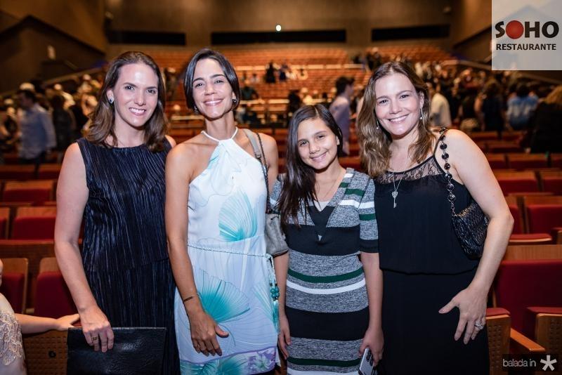 Renata Soares, Karine Studart, Geovana e Tissiana Studart