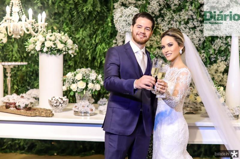 Luiz Camelo e Larissa Peixoto