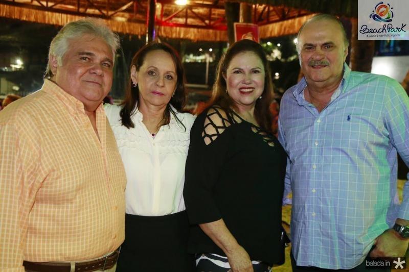 Moiseis e Regina Pimentel, Germana e Adriano Viana