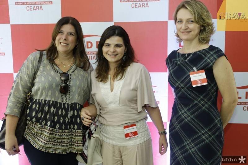 Lara Linhares, Jeane Ferreira e Monica Heuser