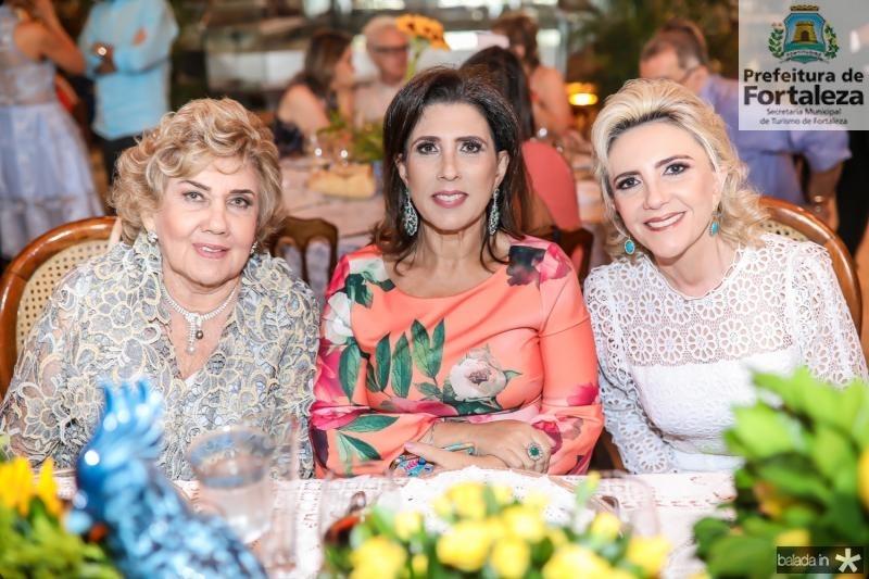 Consuelo, Regina e Graça Dias Branco