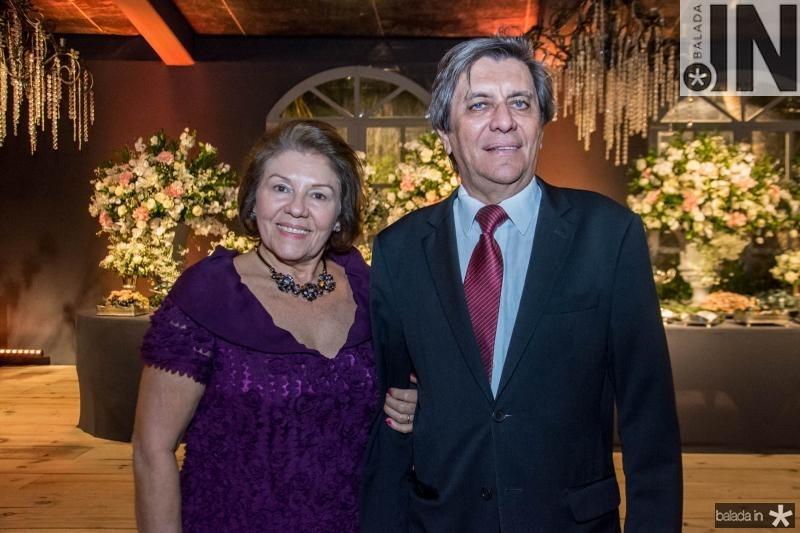 Auxiliadora e Sabino Henrique