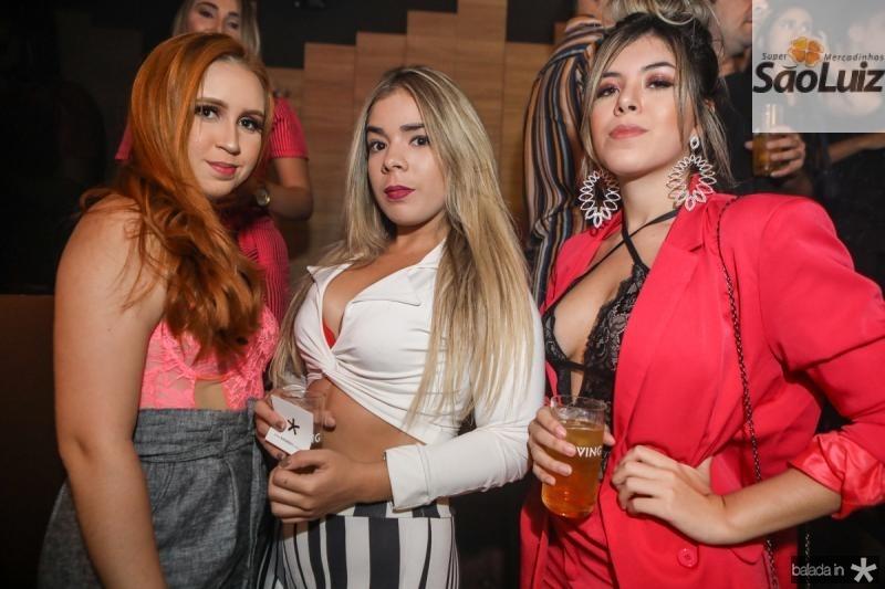 Carolina Gomes, Monique Raissa e Dandara Vitoria